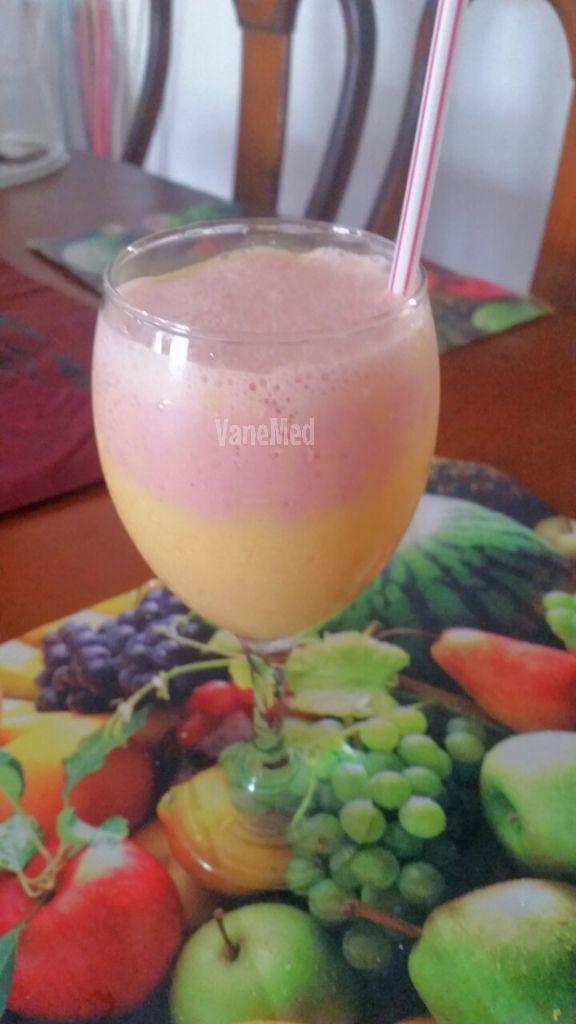 Smoothie bicolor!! frappé de mango y fresa!