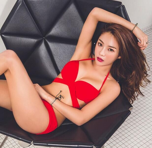 Hot Newest Swimsuit Suittop Red Black 2 Colors Swimsuit Women Halter Swimwear Push Up Bikinis Natural Color Bikini Set US $73.77 CLICK LINK TO BUY THE PRODUCT  http://goo.gl/oYWEYs