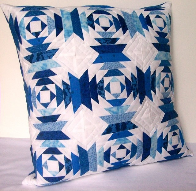 39 best QUILT BLOCK PILLOWS images on Pinterest Quilt blocks, Quilted pillow and Toss pillows