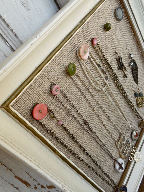 Vintage Flair Jewelry Display: Necklace and Earring Holder