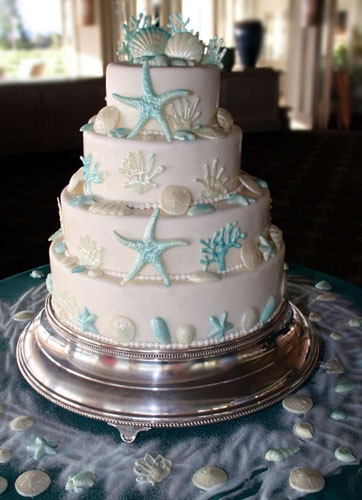 ocean cake for a beach wedding