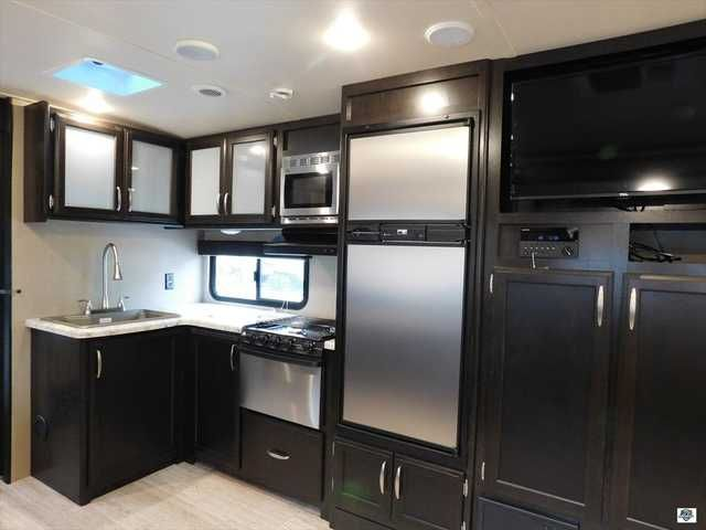 2016 New Grand Design Imagine 2800 BH Travel Trailer in Florida FL.Recreational Vehicle, rv, Come visit Palm RV at 16065 S. Tamiami Trail in Fort Myers Florida 33908, and our Towable Division at 15700 S. Tamiami Trail. Sales, Service & Consignments. We pride ourselves in maintaining a pristine fleet of affordable products. We are committed to serving you with the finest recreational vehicles, Motorhomes, Travel Trailers and Fifth Wheels on the market. We are a family owned and oriented RV…