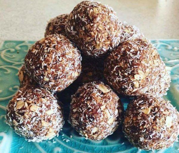 Healthy Date Oat Bliss Balls