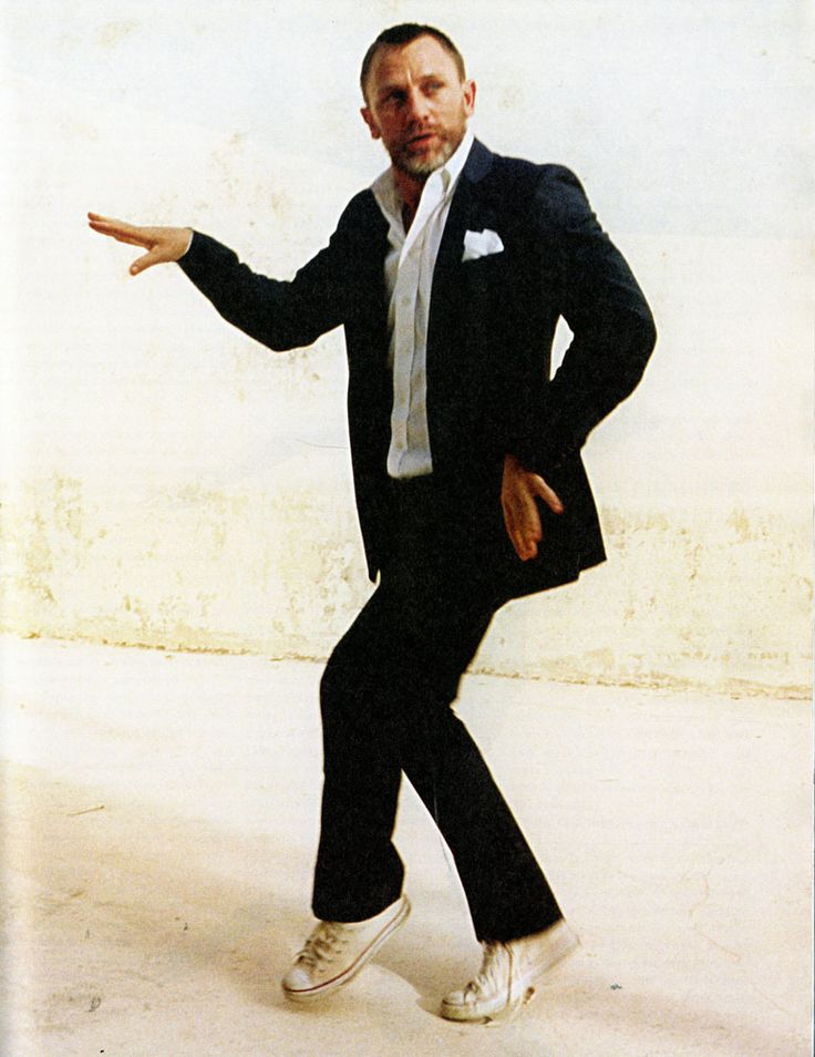 probably the best picture of daniel craig ever