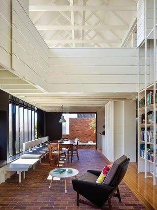 Double Courtyard House (Qld) by Vokes and Peters (while at Owen and Vokes and Peters).