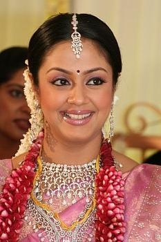 surya_jyothika_marriage_stills_015