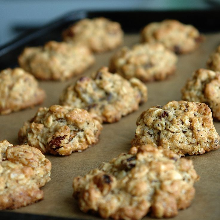 Fursecuri cu fulgi de ovaz si stafide   Oatmeal Raisin Cookies