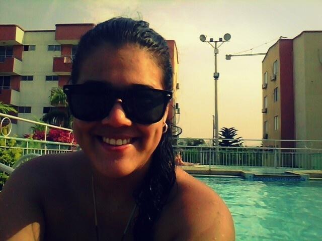 Pool time. El clima en Cúcuta llega a ser insoportable.