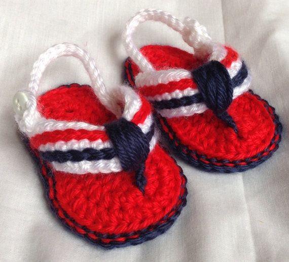 Crochet Baby Flip Flops by HookYarnAndHooper on Etsy