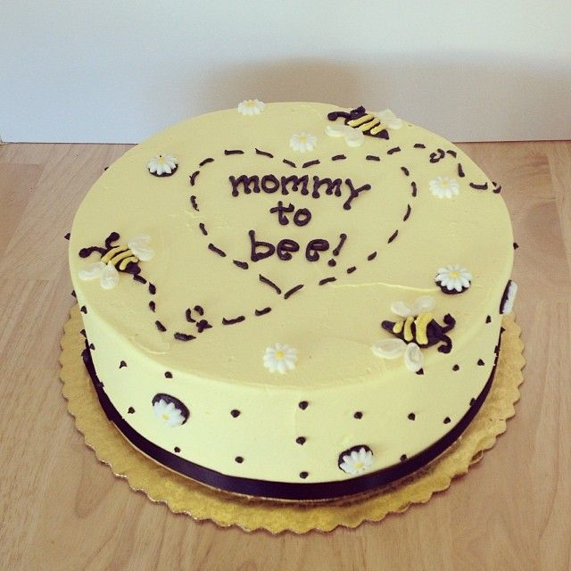 Mommy to Bee Baby Shower Cake <---Adorable for a neutral shower!