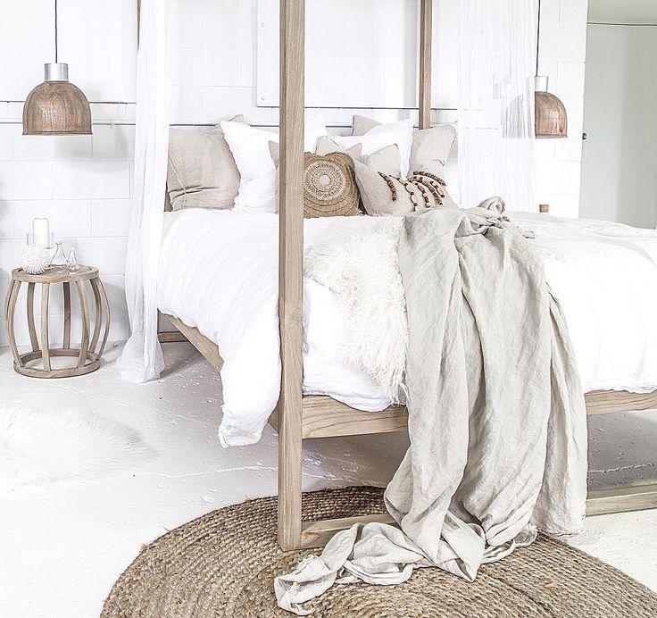 + #neutrals #linen #bedding | via uniqwacollections