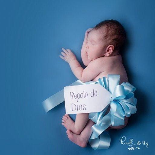 Hermoso regalo que viene del cielo //www.karollberty.com #sesiondebebes #newborn #sesion #babyboy