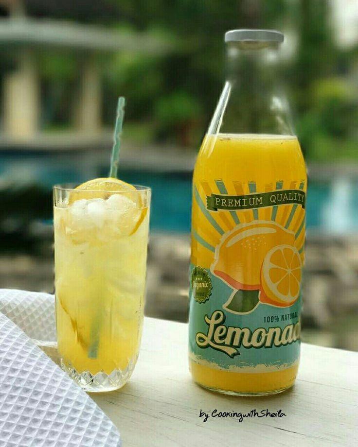 100% Natural Orange Lemonade