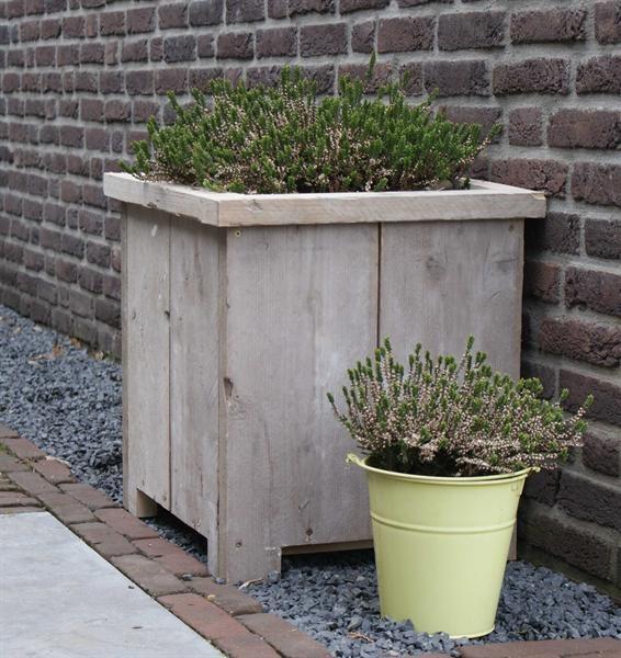 http://static.aanbodpagina.nl/img/151/bloembak-steigerhout-dadodesign.jpg