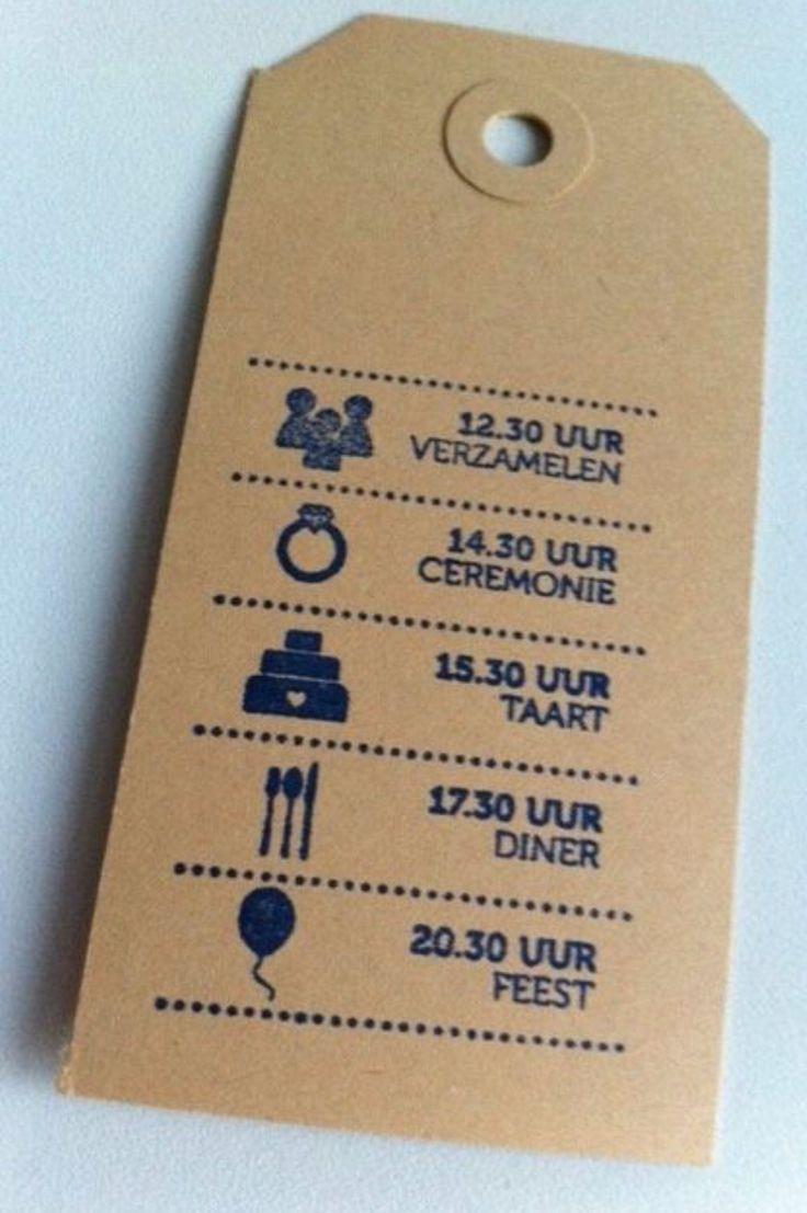 Dagindeling op een label voor gasten die komen gaan.