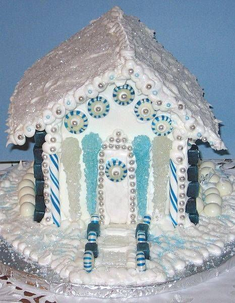Blue and white are so gorgeous together- perfect winter colors for a gingerbread house!