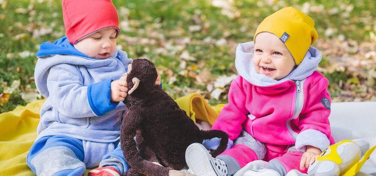 Miapka Design to rewolucja w świecie kurteczek dla Maluszków. Marka stworzona z myślą o najmłodszych, których wygoda jest dla mam bardzo ważna    girl, dziewczynka, miapka, happy, radość, uśmiech, jacket, kurteczka, patent