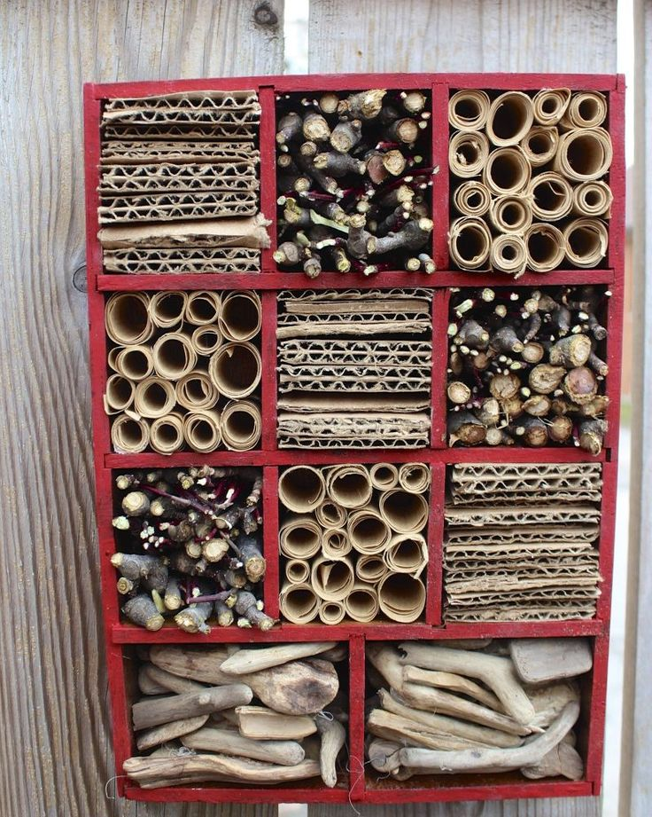 DIY Mason Bee House From a Thrift Find