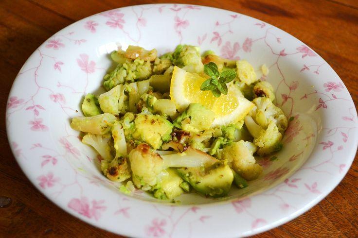 Paleo Cauliflower and Avocado with Oregano and Lemon!