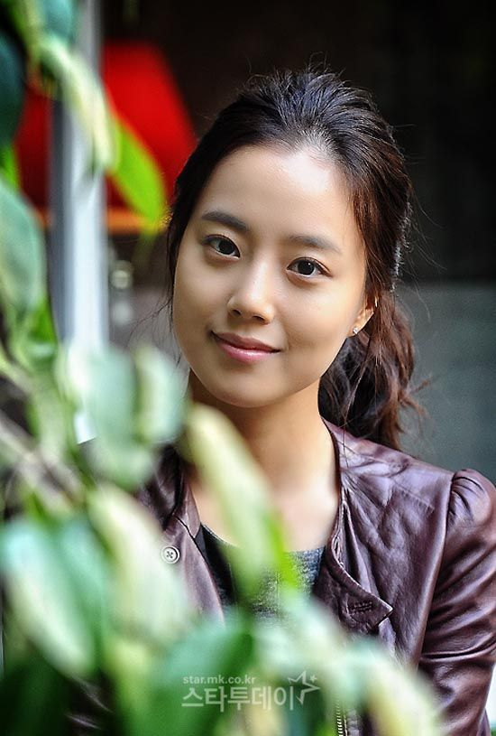 Moon Chae-won offered lead in the Good Doctor by javabeans | May 29,