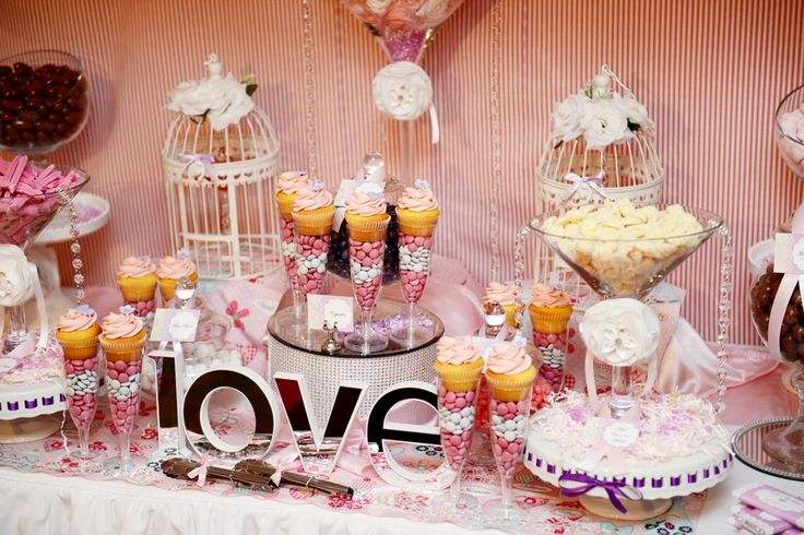 Soft Pink LOVE Lolly Bar