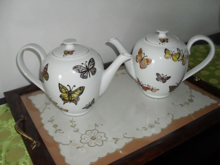 Serviço de chá personalizado com borboletas