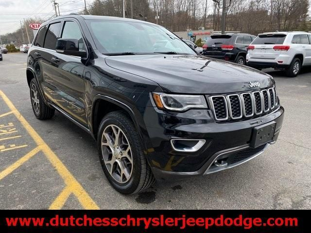 2018 Jeep Grand Cherokee Limited Suv 4 Doors 27 500 In 2020 Suv Jeep Grand Cherokee Limited Grand Cherokee Limited