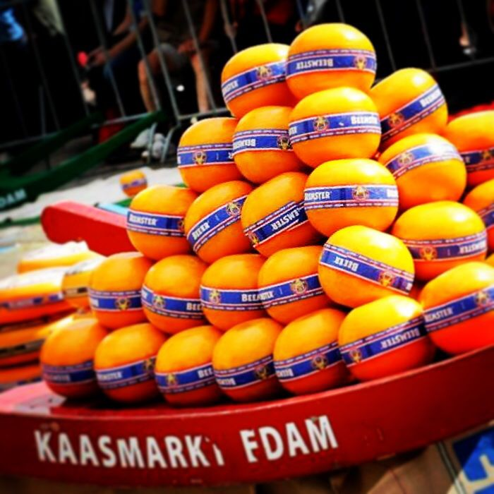 Edam Netherlands Map%0A Cheesemarket in Edam  Holland