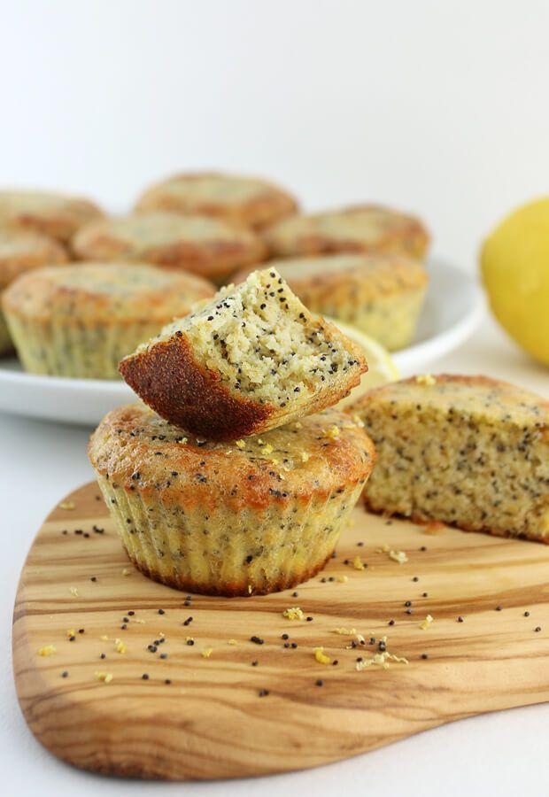 Keto-Zitronen-Mohn-Muffins