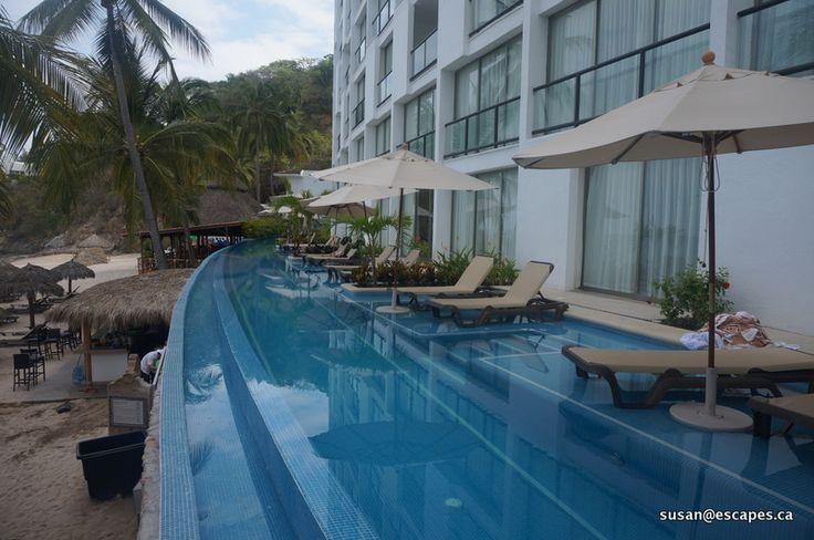 Hyatt Ziva Vallarta. Ocean view swim out suites. Who wouldn't enjoy!