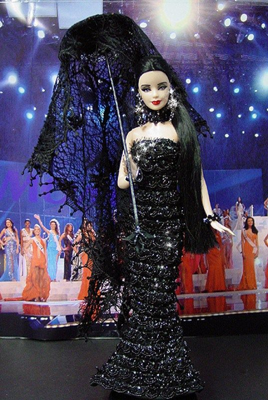 NINIMOMO: OOAK Barbie, Miss Venezuela 2009 – Vestido inspirado del diseñador Jean Paul Gaultier - Alta Moda Primavera 2008