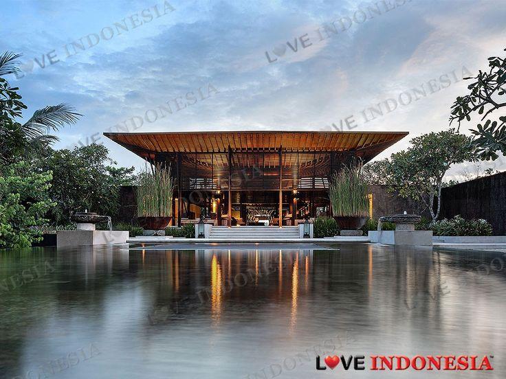 Enam tahun setelah debutnya sebagai Alila Villas Soori, resor pinggir pantai berlokasi di Kabupaten Tabanan, Bali akan membuka pintunya dan mengganti namanya sebagai Soori Bali dengan beberapa fitur baru yang mewah.