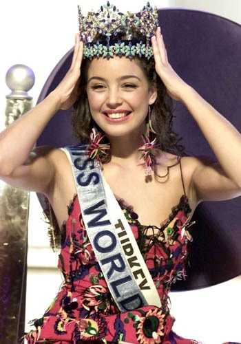 Miss World 2002 - Miss Turkey Azra Akin