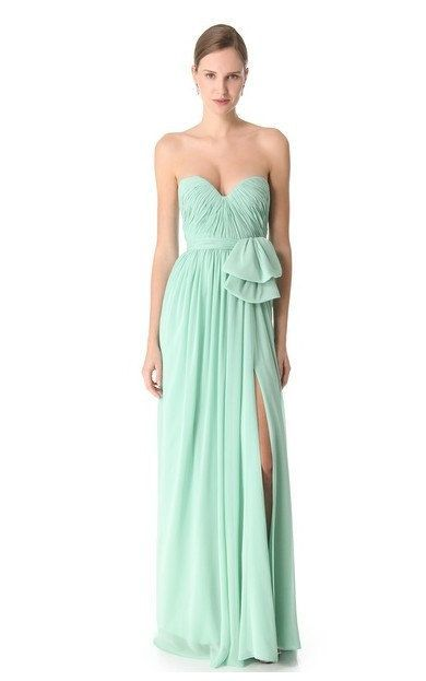Mint Lengthy Chiffon Bridesmaid Costume - http://www.dailyhomedecortips.com/wedding-tips-stories/mint-lengthy-chiffon-bridesmaid-costume.html