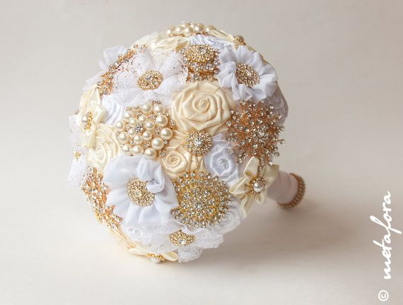 SALE Brooch Bouquet. Gold Ivory Fabric Bouquet Unique by feltdaisy