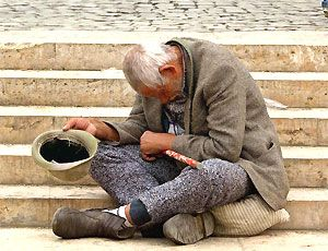 Anziani: allarme, più della metà malnutriti all'arrivo in ospedale