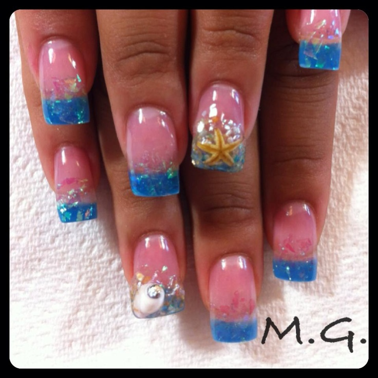 My Nails By Minerva Gonzalez At Carire That S A Real Starfish And Seashell W