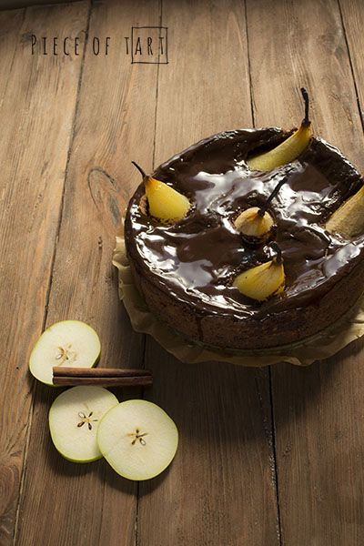 #chocolate #cake with #pears