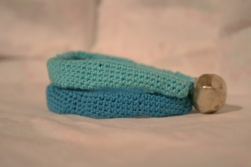 Bracciale  -Marmaid- Bracelet handmamade with cotton yarn, silver closure. to buy: http://blomming.com/mm/Aromantiche/items/bracciale-marmaid?view_type=thumbnail