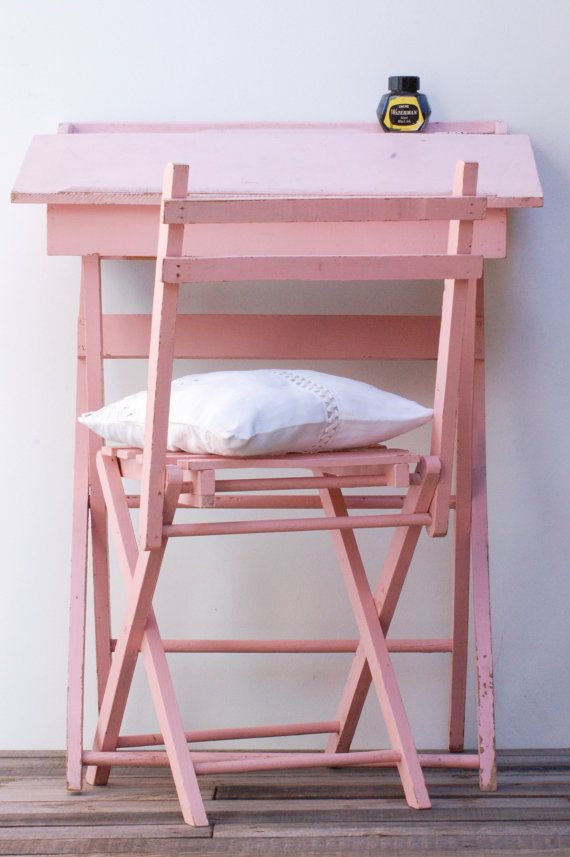 Children desk and chair Pink Shabby Chic par Frenchvintagecharm