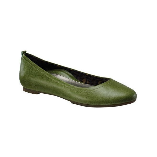 Women's Aetrex Erica ($100) ❤ liked on Polyvore featuring shoes, flats, ballet flats, casual, green, flat shoes, ballet shoes, ballerina flat shoes, ballet pumps and leather shoes
