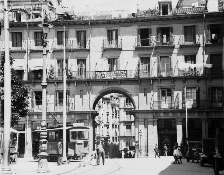 Plaza Mayor, 1932. Imágenes del viejo Madrid