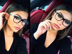 12 Amaze Makeup Hacks that'll Change Every Girl Who Wears Glasses' Life