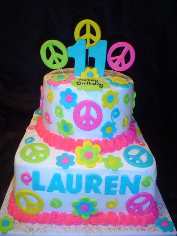 Peace cake 11 Wow switch the 11 out for a 6 and this would probably be a top contender for my Laurens bday!