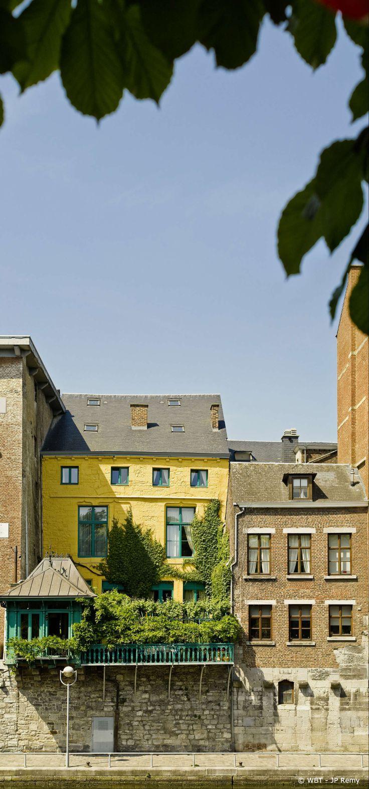 House along the Sambre River, Namur (Belgium)
