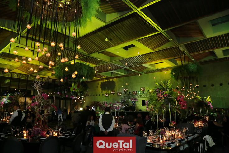 Espectacular decoración de Krea Eventos.