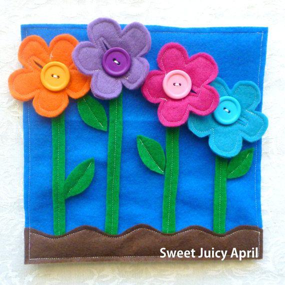Blume-Schaltfläche-Seite. Blumen mit Schaltflächen als Zentren, so dass Kind Blumen nehmen k÷nnen und Schaltfläche, die sie wieder auf. Jede Blume entspricht eine der Schaltflächen, so dass Farberkennung und matching von Kind geübt werden können. Alle Seiten sind aus Filz und Messen 8 x 8. Tasten sind eine Gefahr für die Würgen und Eltern sollten Kinder überwachen, während des Spiels mit dieser Seite *** * Alle Elemente in Rauch- und Haustier-freie environment.* gemacht BITTE BEACHTEN S...