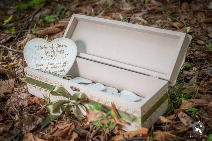 Cutia cu amintiri este plina de emotie si iubire. Este cutia ta, in care am strans cele mai frumoase sfaturi, urari, citate.