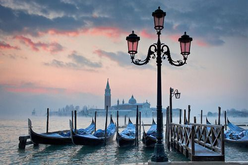 Dawn, Venice, Italy so peaceful.: Spaces, Dawn, Favorite Places, Beautiful Places, Places I D, Venice Italy, Travel, Photo