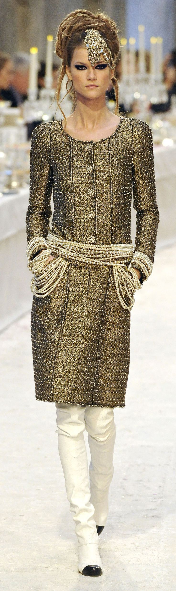 Gorgeous India Influence in Chanel's Paris-Bombay Pre-Fall 2012 2013 collection